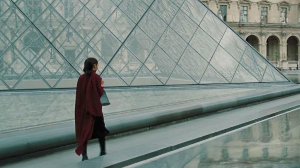 Wonder Woman Louvre