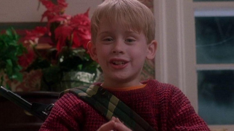 Amazing Dumb Things In Home Alone Everyone Just Ignored Download Free Architecture Designs Scobabritishbridgeorg