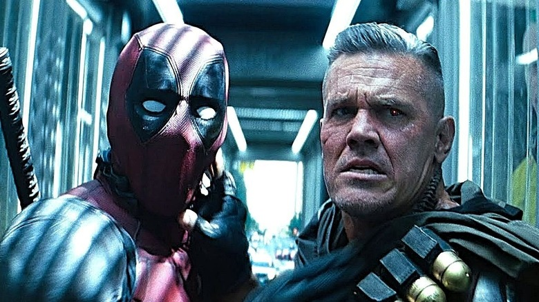 Deadpool and Cable fight