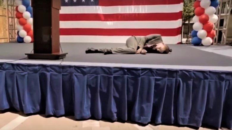Evan Peters in American Horror Story: Cult