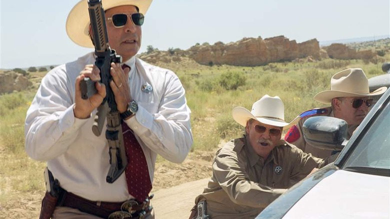 Gil Birmingham and Jeff Bridges in Hell or High Water