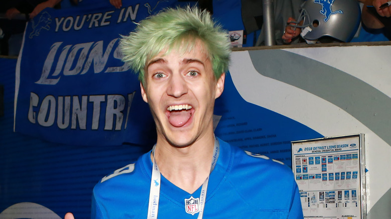 Ninja visits a Detroit Lions game