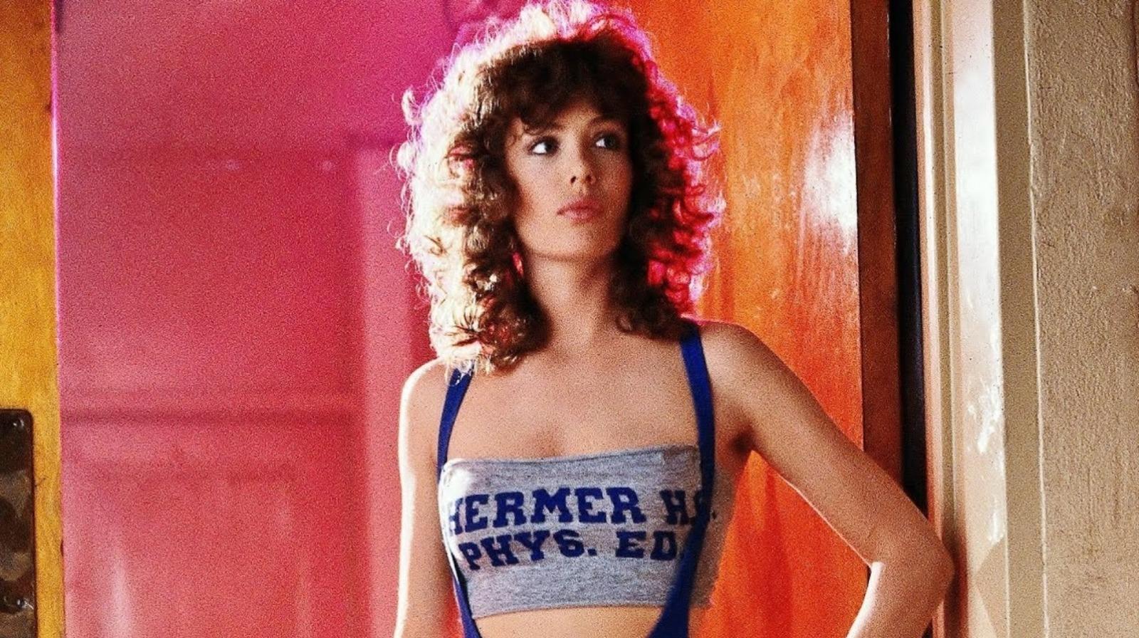 Amy Jackson hot Photos In Saree - Actress Album