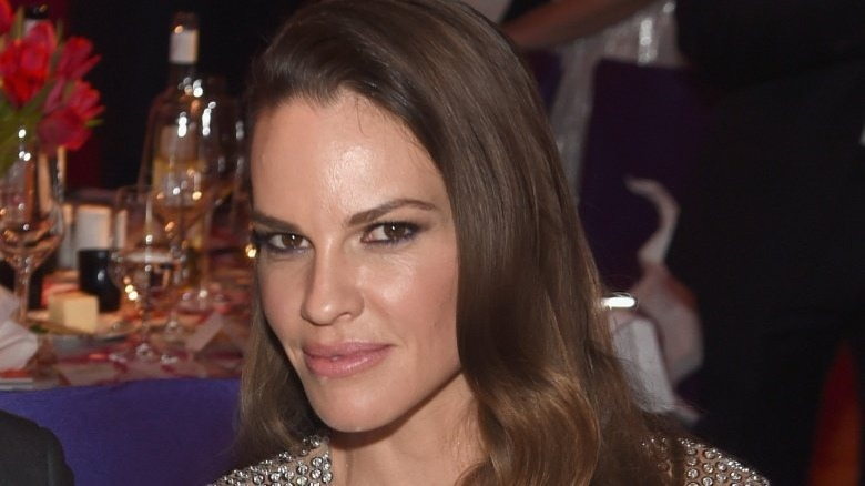 Why Hollywood won't cast Hilary Swank anymore - Looper
