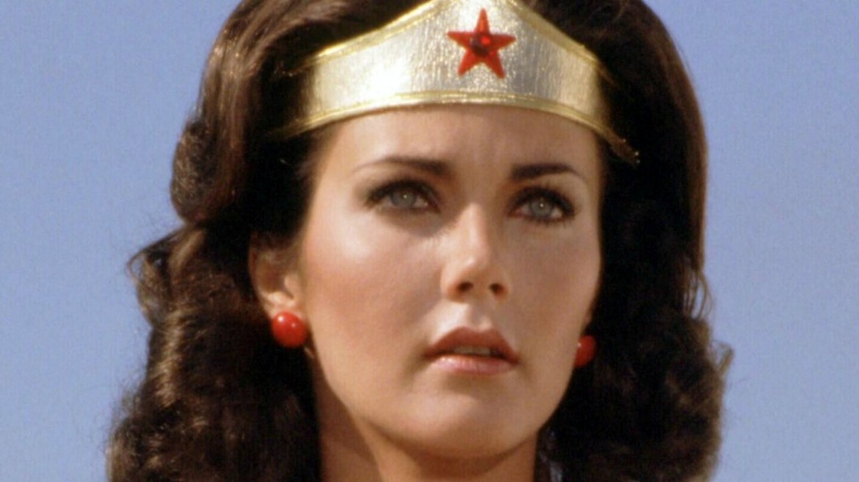 lynda carter reviews wonder woman