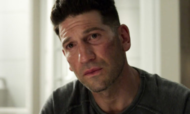 Jon Bernthal Frank Castle The Punisher season 2 trailer